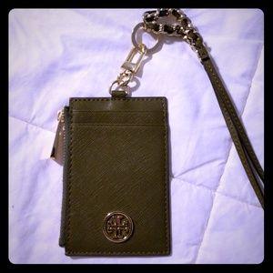 Card/coin holder